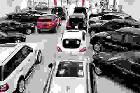 Thuế tăng gấp đôi: Ô tô cũ đắt hơn xe mới, hết đường về Việt Nam