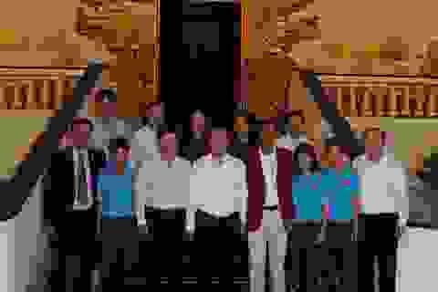 Thủ tướng Nguyễn Xuân Phúc biểu dương thành tích xuất sắc của tuyển nữ tại SEA Games 29