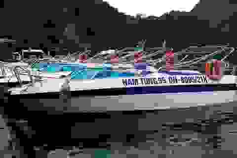 Kinh doanh dịch vụ trên vịnh Hạ Long phải niêm yết giá bằng 3 thứ tiếng