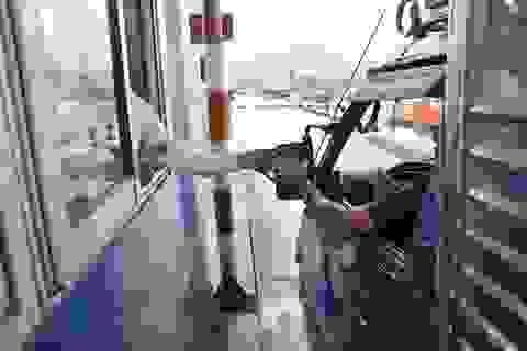 Thêm một trạm BOT ùn tắc vì tài xế rủ nhau trả liền lẻ