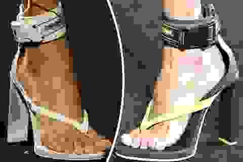 Sửng sốt với thiết kế xỏ ngón kết hợp giày cao gót của Rihanna