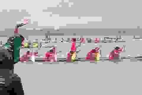 Bình Định: Kịch tính đua thuyền trên đầm Trà Ổ