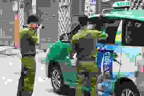 """Vụ tài xế taxi """"công nghệ"""" nổ súng thị uy: Chỉ là súng nhựa"""