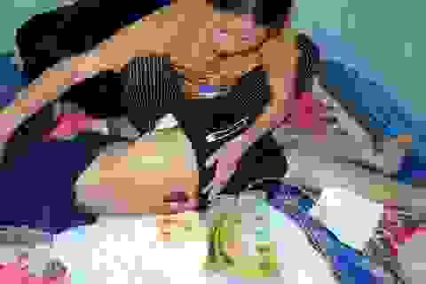 Tiếng kêu cứu ai oán của người mẹ nghèo xin được cắt chân cho con