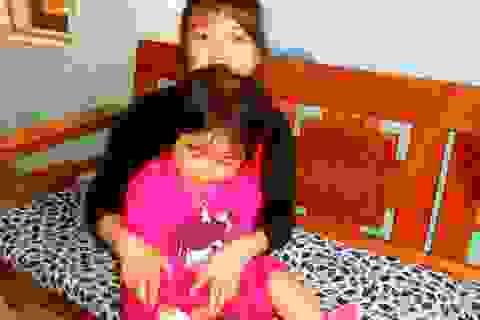 Thương bé 5 tuổi mang trên mình căn bệnh quái ác