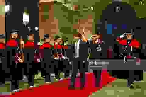 """Hoãn tuyên bố độc lập: """"Bước lùi"""" khôn ngoan của Catalonia"""