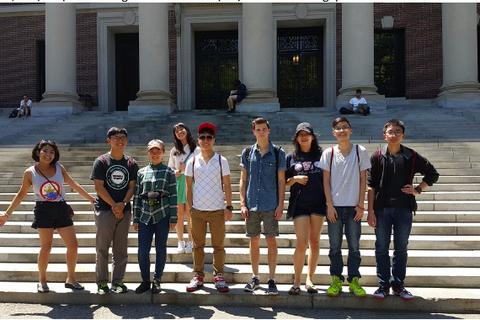 Học bổng tiền tỉ tại các đại học hàng đầu các nước: Không khó