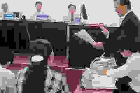 Biết thân chủ giết người, luật sư vẫn không tố cáo (!?)