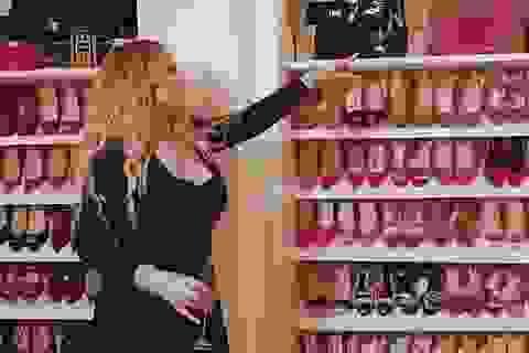Choáng ngợp trước tủ đồ của diva Mariah Carey