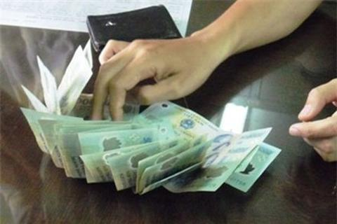 Côn đồ cưỡng đoạt 40 triệu đồng của giám đốc doanh nghiệp taxi