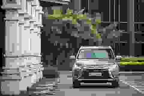 Mitsubishi Outlander phiên bản nâng cấp khởi điểm từ 983 triệu đồng