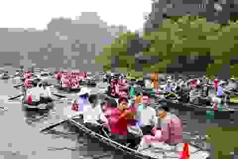 Ninh Bình: Rộn ràng lễ hội Tràng An