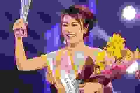 """Á khôi Nữ sinh Việt Nam duyên dáng: """"Phụ nữ chịu áp lực phải luôn đẹp"""""""