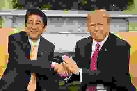 """Tổng thống Mỹ bắt đầu """"trở lại châu Á"""" theo cách riêng"""