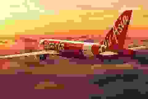 Máy bay AirAsia buộc quay đầu do nghi chim bay vào động cơ