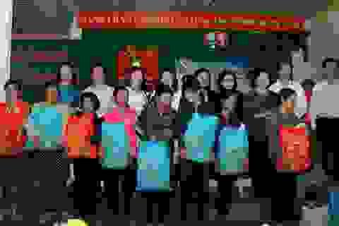 Việt Sin tặng quà tết cho các hộ nghèo tỉnh Bình Phước