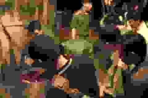 Cảnh sát nổ súng khống chế nhóm đối tượng nấu cao hổ