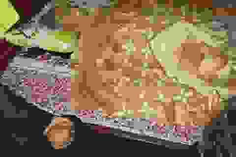 Cụ bà 90 tuổi đang được lo hậu sự bất ngờ sống lại đi... quét nhà (!?)