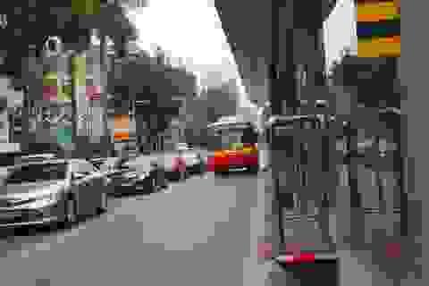 Buýt thường lấn làn buýt nhanh