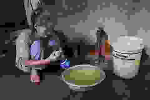 """Hàng trăm hộ dân khốn khổ """"khát thèm"""" nước sạch"""