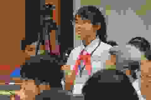 Ngàn người vỗ tay khâm phục phát biểu của nữ sinh 11 tuổi