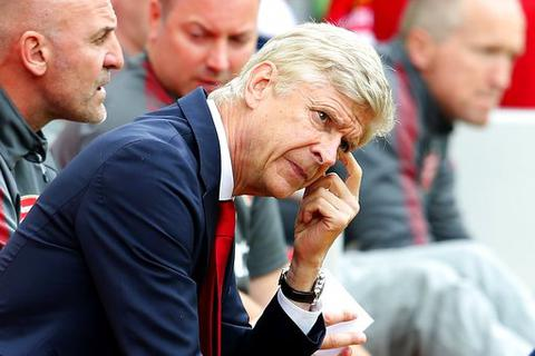 Arsenal thua tủi hổ ở Anfield: Tệ từ cầu thủ tới Wenger