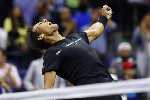 """""""Rửa hận"""" trước Del Potro, Nadal giành vé vào chung kết"""