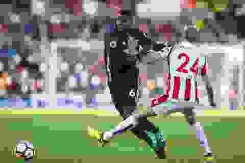 Hàng thủ tệ hại, MU đứt mạch thắng tại sân Stoke City