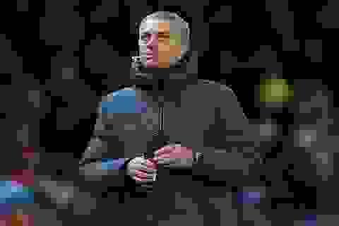 """MU không được phép """"than khóc"""" sau thất bại trước Man City"""
