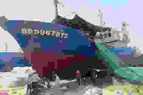 Xin lùi thời gian sửa chữa tàu vỏ thép hư hỏng do thời tiết?