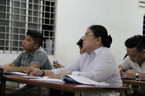 """Sự học """"không tuổi"""" của tân sinh viên U70"""