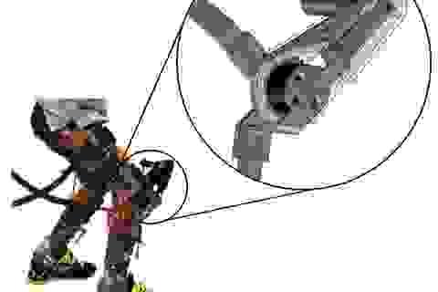 Khung trợ lực robot giúp trẻ bại não tự đi lại