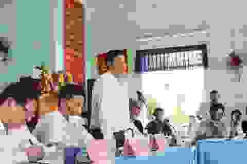 Chủ tịch tỉnh Khánh Hòa đối thoại với dân về bãi rác ô nhiễm