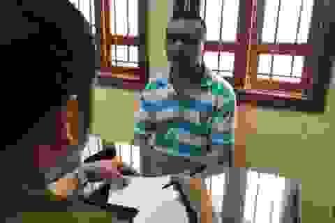 Hà Nội: Bảo vệ trường đục két sắt lấy đi hàng trăm triệu đồng