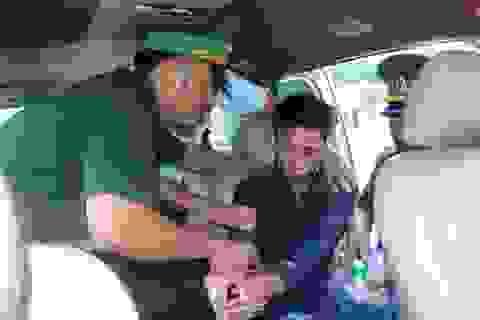 Chưa đầy 2 giờ, phá 2 vụ vận chuyển gần 1.500 viên ma túy tổng hợp qua biên giới