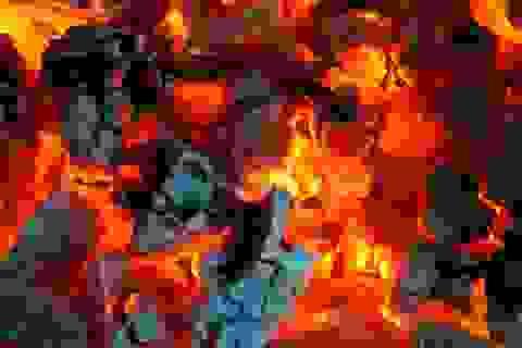 Bé 4 ngày tuổi tử vong do sưởi ấm bằng than củi