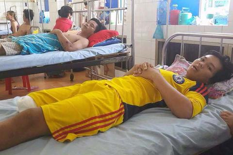 Bộ Y tế yêu cầu báo cáo vụ thanh niên 16 tuổi bị cắt chân oan sau ngã xe