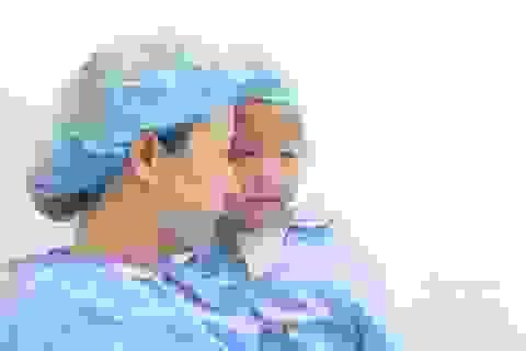 Phẫu thuật mắt miễn phí cho trẻ em dưới 16 tuổi