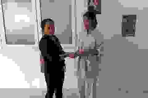 Được giúp đỡ thừa tiền, bệnh nhân Hoàng Văn Kiên sẻ chia cùng các hoàn cảnh khó khăn khác