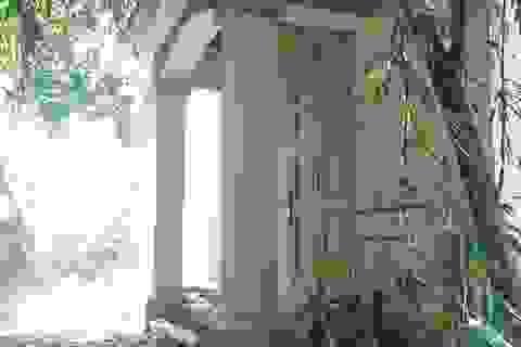 """Hình ảnh """"hoang hóa"""" của ngôi biệt thự """"đòi"""" từ cựu Chủ tịch Hà Nội"""
