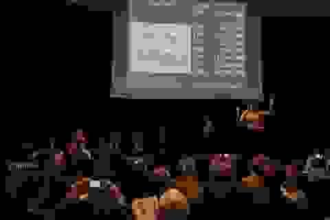 """Cặp bình cổ tuyệt đẹp có giá """"không tưởng"""" gần 400 tỷ đồng có gì đặc biệt?"""