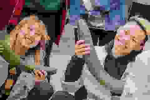 Bạn trẻ Hà Nội nhảy flashmob, kêu gọi mua bí xanh giúp nông dân