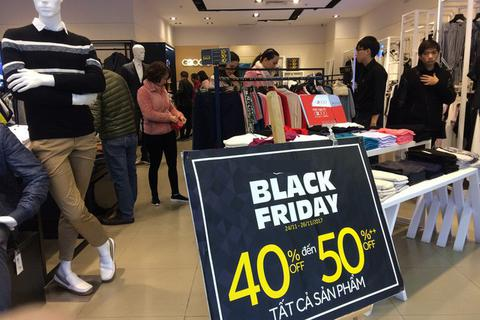 """Trùm địa ốc bán """"vịt trời"""", chị em phải """"luồn khe"""" mua sắm Black Friday"""