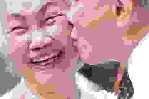 """Bộ ảnh cưới của """"cô dâu, chú rể U70"""" và chuyện tình trong mơ đáng ngưỡng mộ"""