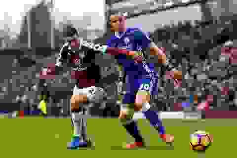 Burnley 1-1 Chelsea: Chia điểm xứng đáng