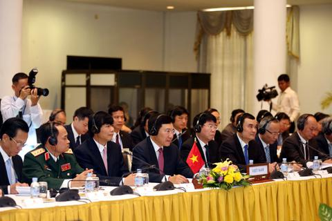 Việt Nam, Campuchia khẳng định quyết tâm xây dựng biên giới hòa bình