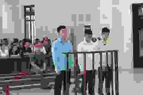 Đâm chết nam sinh viên, 3 đối tượng lãnh án
