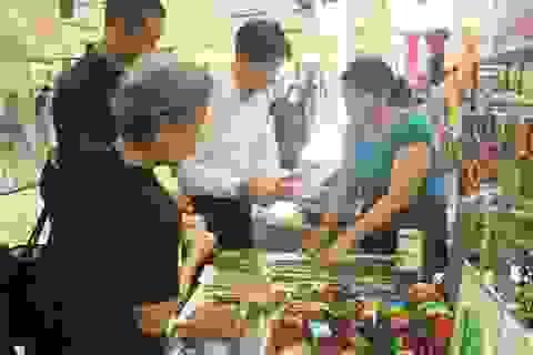 Nông dân Việt kiếm tiền tỷ từ gỗ vụn, vỏ dừa, vỏ trứng