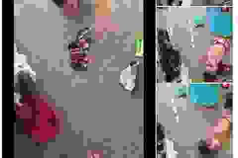 Tan chảy trước hình ảnh nhóc không tay không chân tự thu gọn quần áo
