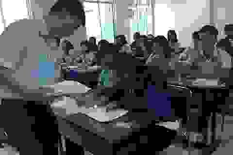 Thi THPT quốc gia 2017 tại TPHCM: Cán bộ coi thi đi xa, thí sinh đi gần